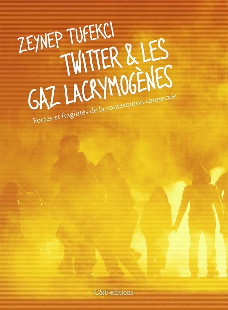 Couverture de Twitter et les gaz lacrymogènes